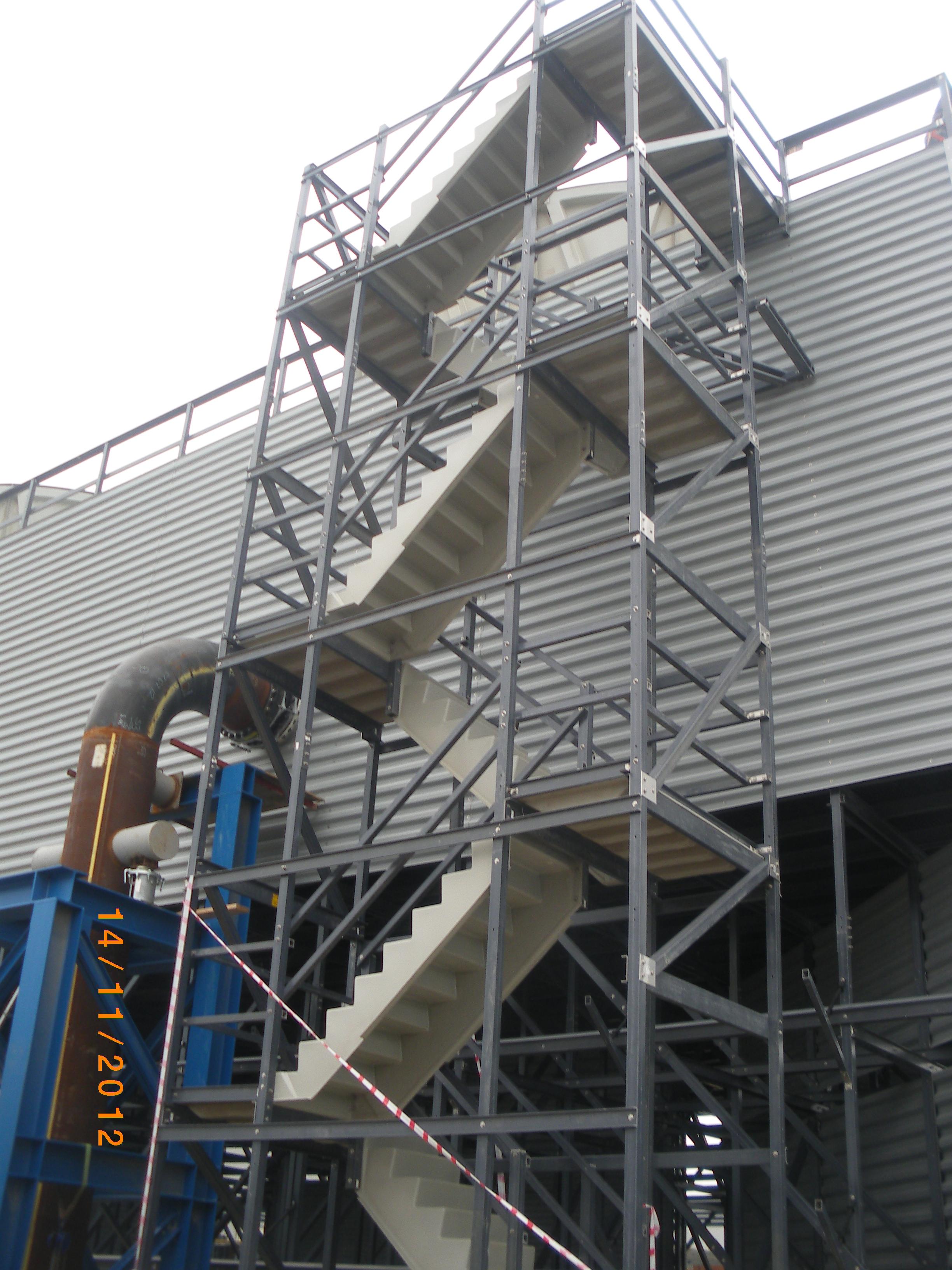 Модульные лестницы из стеклопластика